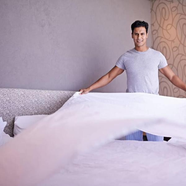 Slaapkamer 2: opmaken als éénpersoonbed